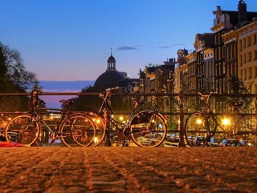 gay rencontre belgique à Castres